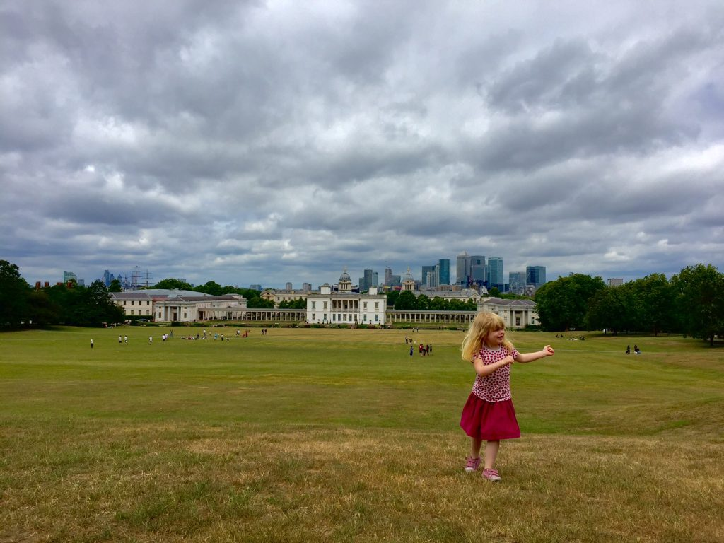 Greenwich documentary family photographer